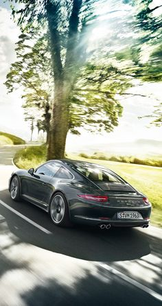 50 Years of the Porsche 911. The anniversary edition. A classic. From the future. Strictly limited to 1963 seventh-generation vehicles. Learn more: http://link.porsche.com/911-50?pc=50Y911PINGA Combined fuel consumption in accordance with EU 5: 9.5-8.7 l/100 km; CO2-emission: 224-205 g/km