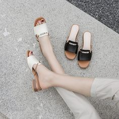 Sporting events flip flops adept for event adventures and trekking holidays, our ladies moving footwear. Jelly Shoes Outfit, Shoes Editorial, Flat Lace Up Shoes, Stylish Sandals, Minimalist Shoes, Fresh Shoes, Women's Shoes Sandals, Women Sandals, Fashion Shoes