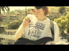 FIDLAR - Max Can't Surf  Slumping California punk-pop