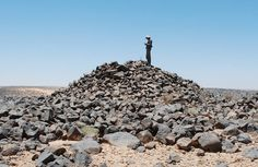 The Archaeology News Network: Hundreds of 4,000 year old stone 'tower' tombs fou...