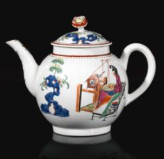 A WORCESTER TEAPOT AND COVER, 1768-70