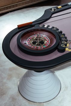 The New French Roulette Table is created for game lovers with an innovative design and many functional accessories in order to let your private entertainment be perfect! #entertainment #luxury #privateentertainment #madeinitaly #italianfurniture #luxuryhome