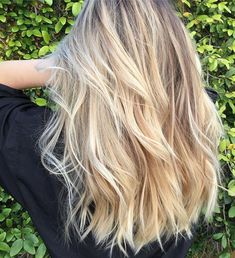 Hair Color Streaks, Hair Color Balayage, Hair Highlights, Hairstyle Curly, Hairstyles, Haircuts, Blonde Hair Looks, Hair Color Caramel, Colored Curly Hair