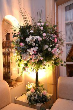 "Composition florale "" arbre en fleur"" Table Decorations, Pink, Wedding, Furniture, Beauty, Home Decor, Morocco, Flowers, Valentines Day Weddings"