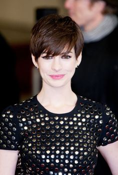 Anne Hathaway - grown out pixie