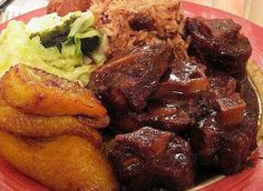 Oxtail with rice and peas with plantain and vegetables on the side. My mother makes it the best. Dare to have her cook off against anyone you bring to the table. All mothers and grandmothers welcome. Of course, I& be the judge. Oxtail Recipes, Jamaican Recipes, Pork Recipes, Cooking Recipes, Jamaican Cuisine, Jamaican Dishes, Rice Recipes, Haitian Recipes, Cajun Recipes