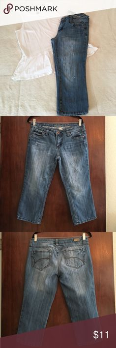 Refuge Capri jeans size 11 Refuge Capri jeans size 11, top not included refuge Jeans Ankle & Cropped