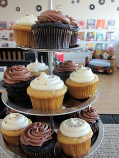 Cup Cake Have it Sweet at http://haveitsweet.blogspot.com/