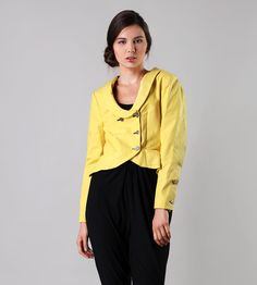 Yellow Jack, blazer with vintage buttons