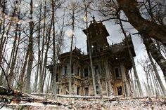 Wonderfully enchanting and eerie at the same time. #house #haunted #Victorian #mansion #building #goth #gothic #Halloween #spooky #eerie #forest