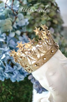 Lovely Corona Crown Statue Crown Madonna Crown by edithandevelyn