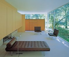 Ludwig Mies Van Der Rohe century Modernism from Architectural Digest Futuristic Interior, Mid-century Interior, Modern Interior, Interior Design, Midcentury Modern, Home Modern, Modern Spaces, Architectural Digest, Mid Century Decor