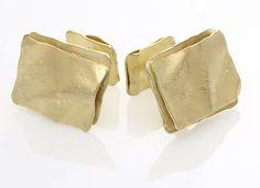 Ayesha Studio Jewelry - Gold Wafer Men's Cufflinks in YG. Gold Texture, Eyewear, Gold Jewelry, Men's Cufflinks, Pens, Accessories, Watches, Studio, Eyeglasses