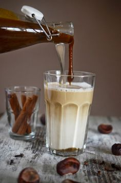 Cook yourself.: home made - syrop dyniowy do kawy, pumpkin spice latte Pumpkin Spice Latte, Sweet Recipes, Glass Of Milk, Panna Cotta, Recipies, Good Food, Spices, Food And Drink, Sweets
