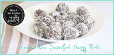Raw-Superfood-Energy-Ball-Cacao-Spirulina-protein-WPI-WPC-Here-I-Am-Loulou-Best-Blogs-design-1