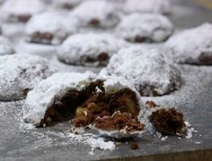 Chocolatey Espresso Nut Cookies from NoblePig.com #Christmas #CookieExchange