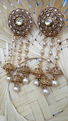 Cutipieanu Indian Jewelry Earrings, Royal Jewelry, India Jewelry, Girls Earrings, Jewelery, Silver Earrings, Silver Jewelry, Bollywood Jewelry, Designer Earrings