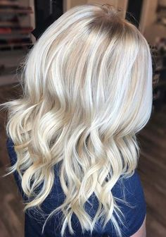 29 Popular Platinum Blonde Hair Color Trends for 2018. Want to stand out in the whole crowd with your gorgeous hair looks? See here and wear the beautiful shades of platinum blonde hair colors to make you look more gorgeous and sexy. It is one of the lightest shade among all the blonde hair colors. Visit here and follow the step by step instructions to dye up your hair right now. Moreover, this amazing hair color is worn by the top celebs around the world.
