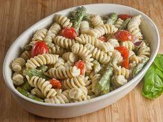 Yogurt-Pesto-Pasta Salad
