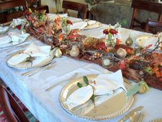 Complete Guide to Planning Thanksgiving with Menu, Time Line, Recipes, and Decoration Ideas