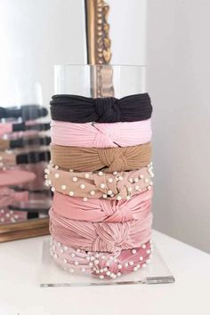 The Best & Prettiest Vanity Organizers - Money Can Buy Lipstick - Cameo Nouveau - Scrunchies Organizing Hair Accessories, Hair Accessories For Women, Fashion Accessories, Fashion Jewelry, Headband Storage, Headband Organization, Diy Headband Holder, Headband Display, Accesorios Casual