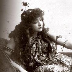 Sarah Bernhardt c.1891