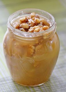 Huvilaelämää ja mökkiruokaa: Aamupala kreikkalaiseen tapaan – jogurttia ja hunajaa