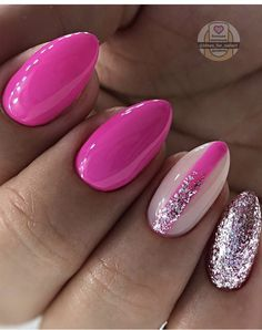 Stylish Nails, Trendy Nails, Cute Nails, Sparkle Nail Designs, Sparkle Nails, Clear Nails, Oval Nails, Green Nails, Pink Nails