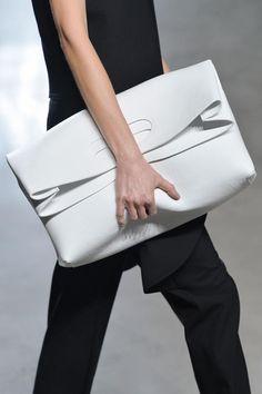 Fashion runway| Sally LaPointe Primavera-Estate 2015 Rtw NYFW | http://www.theglampepper.com/2015/02/04/fashion-runway-sally-lapointe-primavera-estate-2015-rtw-nyfw/