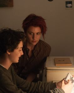 Greta Gerwig and Lucas Jade Zumann in 20th Century Women (16)