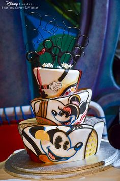 Tim Rogerson Mickey and Minnie Mouse Disney wedding cake