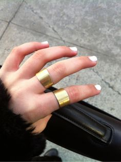get this look with ASOS' set of gold rings :: click to shop! $14