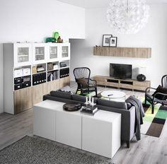 ein weißes wohnzimmer mit ramsÄtra kombination mit tv 48
