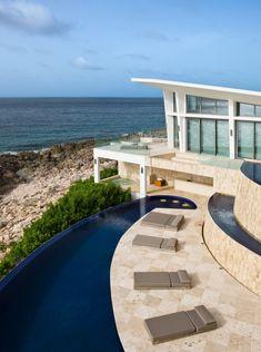 private ferienvilla anguilla infinity pool strandhaus terrasse