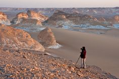 White desert, Egypt  Waiting for a warmer light (by Thierry Hennet)