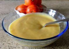 Una variante della crema pasticcera, in questo caso aromatizzata al mandarino. Davvero buona e gradevole al palato.