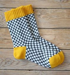 These socks are knitted from pure wool on a hand knitting machine. : These socks are knitted from pure wool on a hand knitting machine. A seam runs on the inside of the foot. Size _Knitted socks length_ (heel to toe): cm _Bund circumference: _… Wool Socks, Knitting Socks, Free Knitting, Knitting Machine, Knitting Patterns, Crochet Patterns, Knitting Ideas, Yarn Inspiration, Patterned Socks
