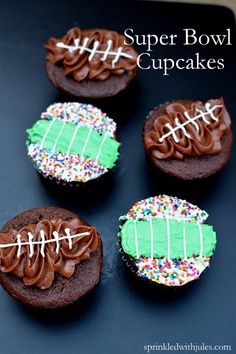 Check out these kid-friendly Super Bowl party ideas including these fun Super Bowl Cupcakes on www.prettymyparty.com.