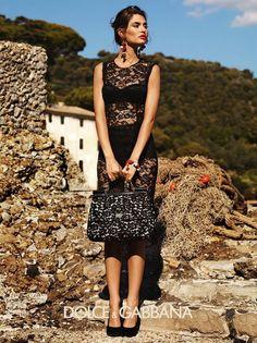 Bianca Balti in Dolce   Gabbana abito nero siciliano Abito Nero In Pizzo 55795a2e154