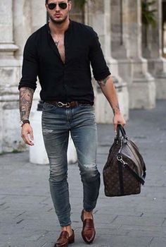 show your style // urban men / stylish men // mens fashion // mens accessories… Okay so, outfits for early Fall. How to look stylish and not over the top? Fashion Mode, Look Fashion, Fashion Trends, Street Fashion, Fashion Styles, Paris Fashion, Runway Fashion, Girl Fashion, Mode Masculine
