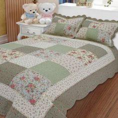 Colchas de patchwork: Fotos de modelos para imitar Diy Quilt, Quilt Bedding, Easy Quilts, Colchas Quilting, Quilting Projects, Quilting Designs, Big Block Quilts, Quilt Block Patterns, Quilt Blocks