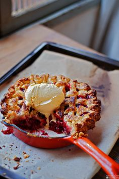 Waffles, Raspberry, French Toast, Deserts, Food And Drink, Cooking, Breakfast, Sweet, Recipes