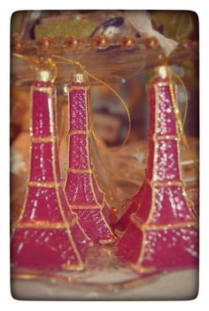 Pink girly Parisian style! Mini glass Eiffel towers.