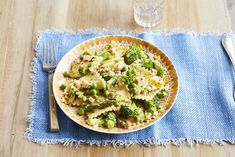 Make Ravioli Primavera in 25 Minutesthepioneerwoman Entree Recipes, Pasta Recipes, New Recipes, Dinner Recipes, Cooking Recipes, Favorite Recipes, Pasta Meals, Dinner Ideas, Recipies