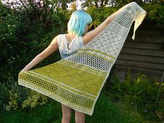 Ravelry: Project Gallery for Hotel of Bees shawl pattern by Christina Hadderingh