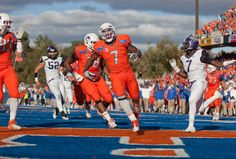 Boise State Football: 4 Reasons Boise Will Be a Running Team in 2012 (Look at TCU's #7. He looks like a little girl running!) LOL