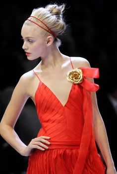 2007. Valentino Spring Ready-to-Wear. Model Emma Ahlund