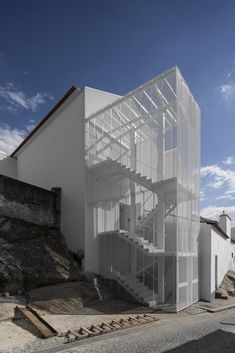 """Tapestry Museum by CVDB arquitectos """"Location: Arraiolos, Portugal"""" Houses Architecture, Contemporary Architecture, Architecture Details, Interior Architecture, Chinese Architecture, Futuristic Architecture, Classical Architecture, Foster Architecture, Landscape Architecture"""