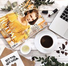 Солнечная раскладка #раскладка #flatlay #вдохновение #кофе #вдохновение #журнал #желтый #вдохновение #ноутбук
