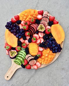 Chilled fruit platter to share @whatonmyplate_luz